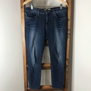 J Brand Super Skinny Jeans • Size 31